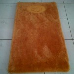 sajadah bulu warna orange